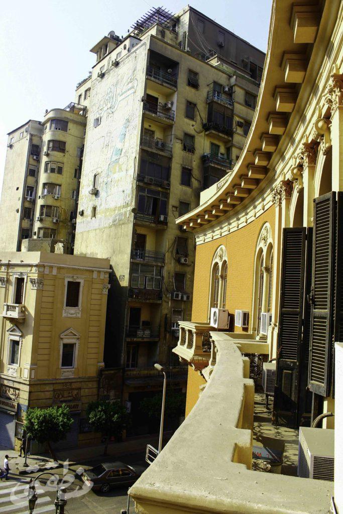 بعض العقارات المطلة على ميدان مصطفى كامل - تصوير: صديق البخشونجي