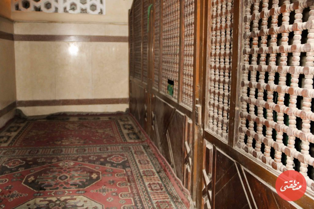 ضريح الشيخ معروف من الداخل
