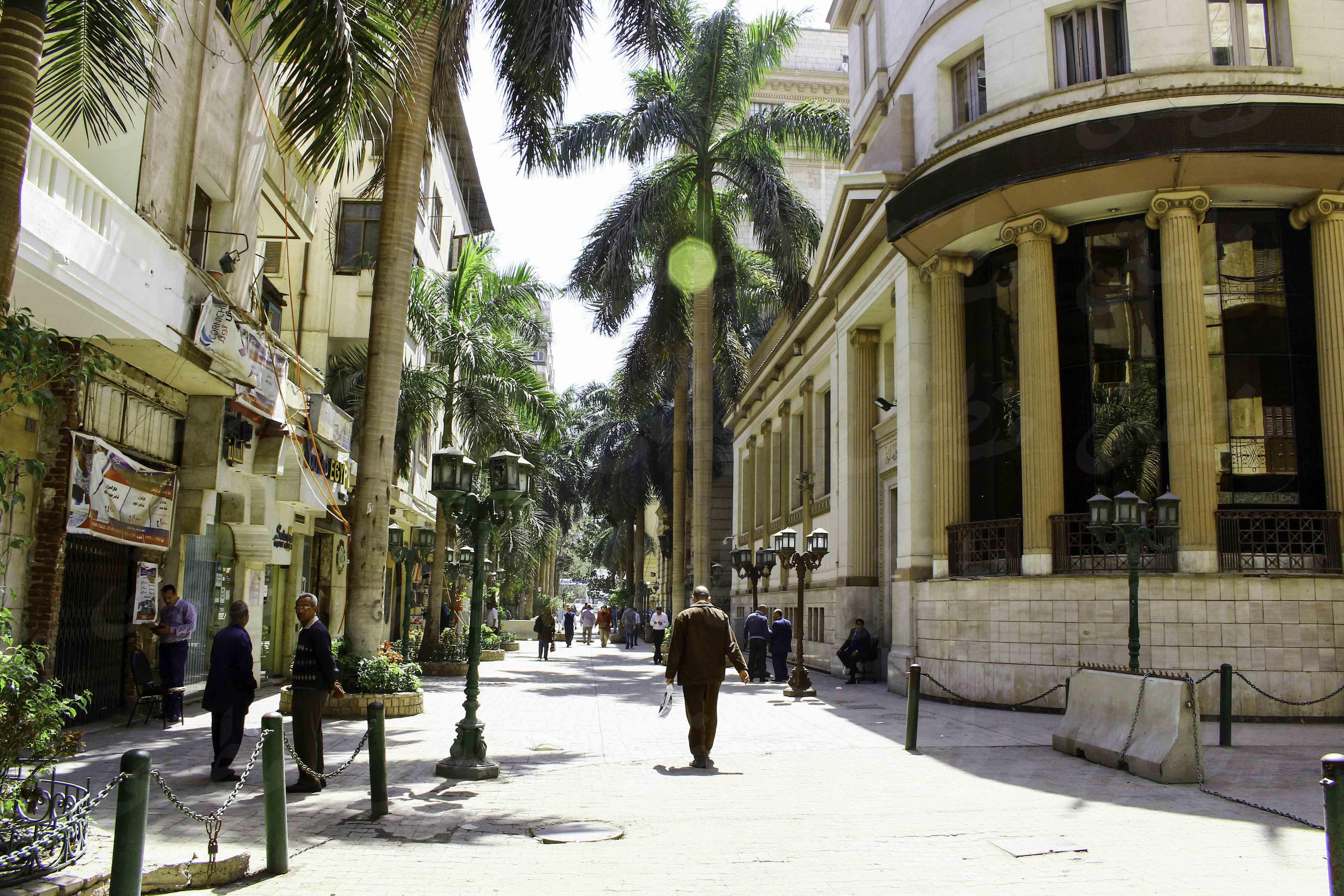 شارع الشريفين قبل تطويره - تصوير: صديق البخشونجي
