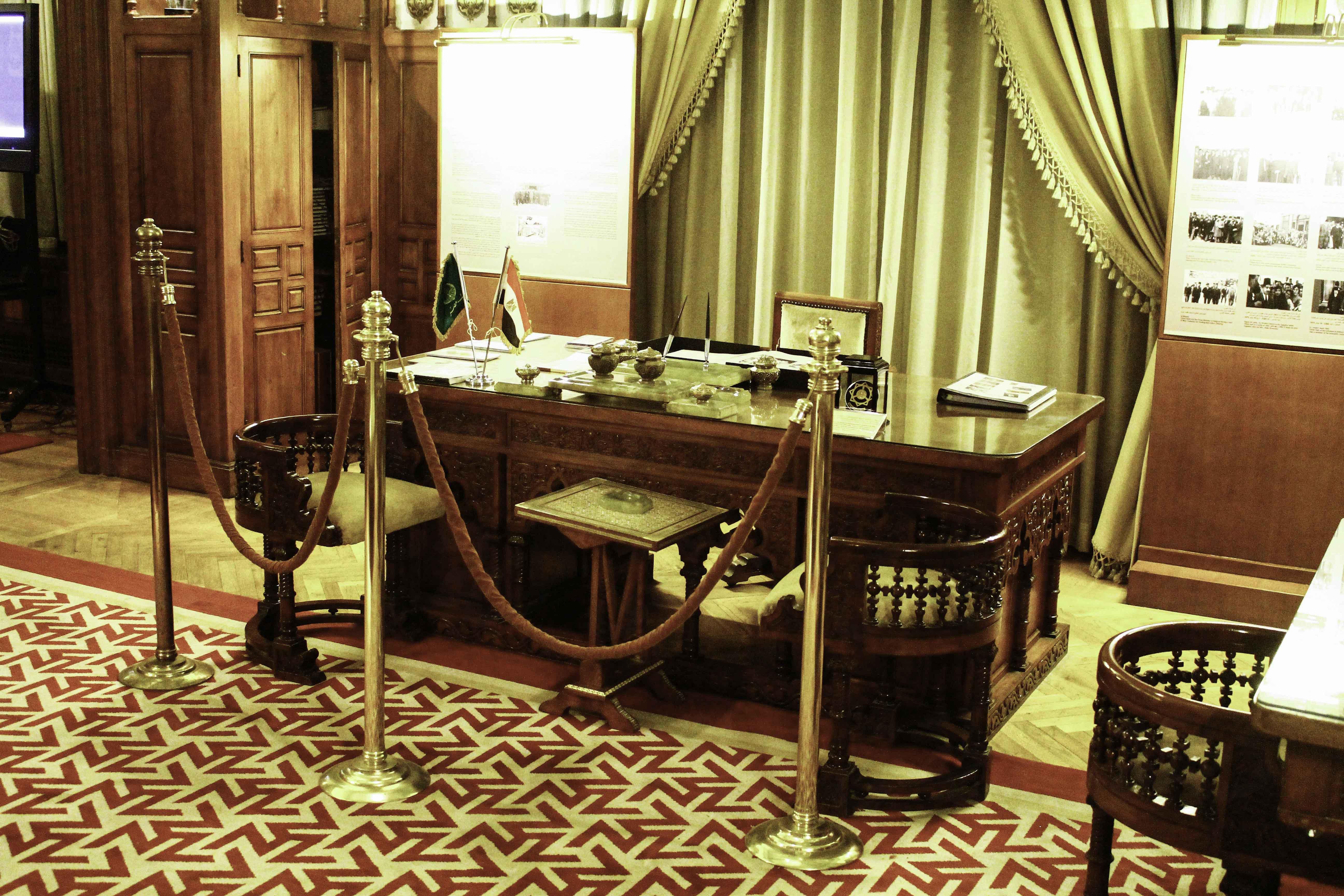 مكتب طلعت حرب ببنك مصر - تصوير: صديق البخشونجي