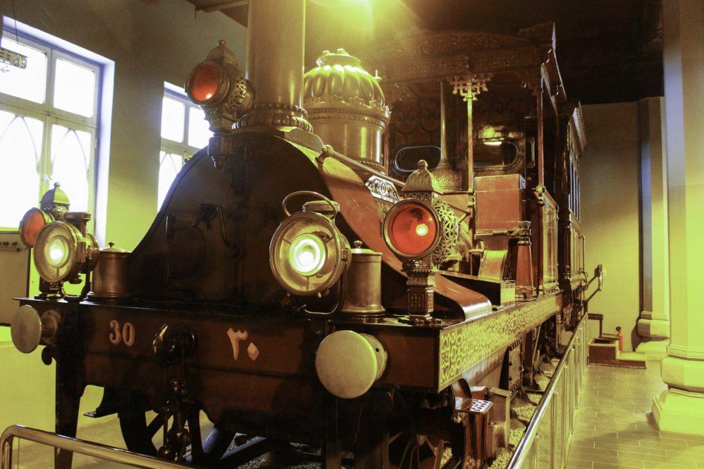مجسم بمتحف السكك الحديدية بالقاهرة - تصوير: صديق البخشونجي