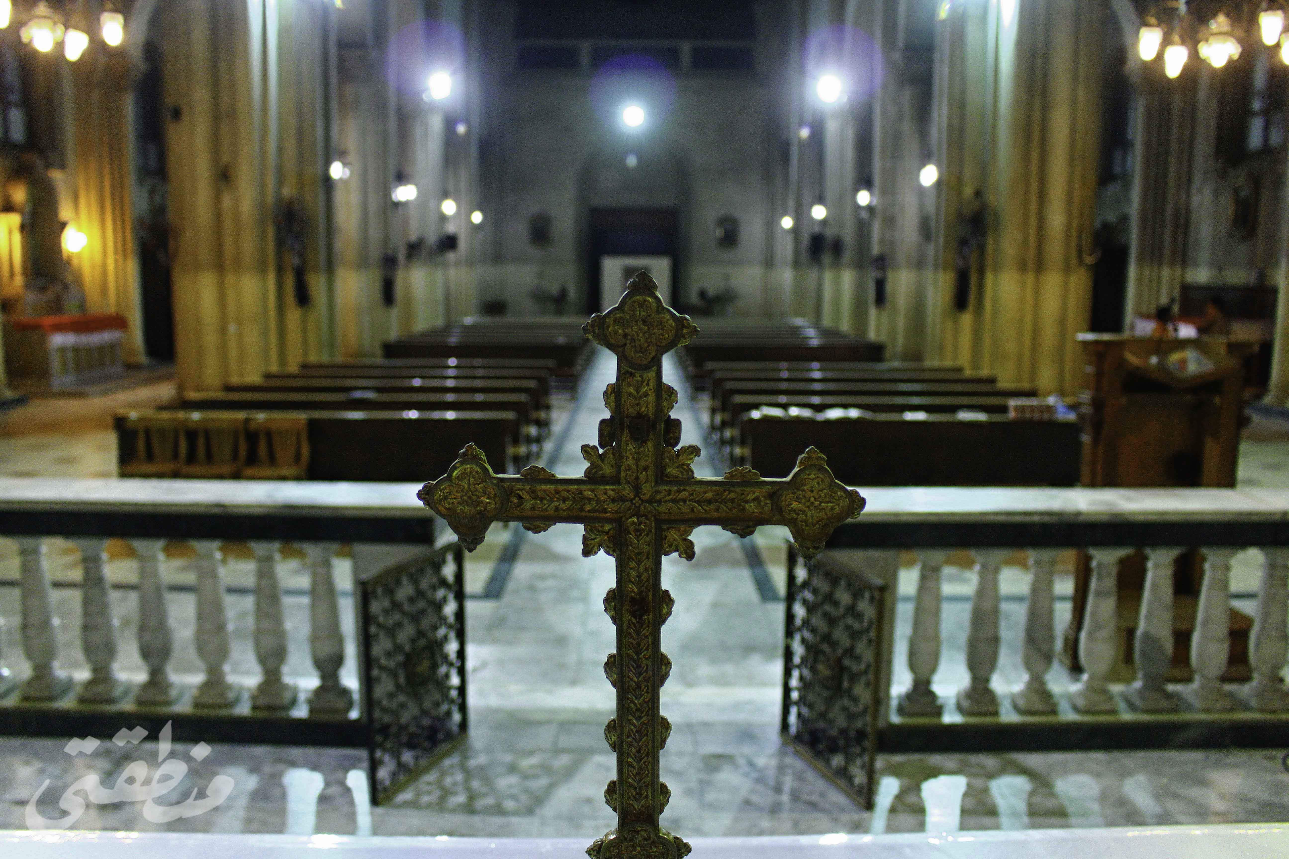 كنيسة مريم العذراء سيدة الكرمل من الداخل - تصوير - صديق البخشونجي