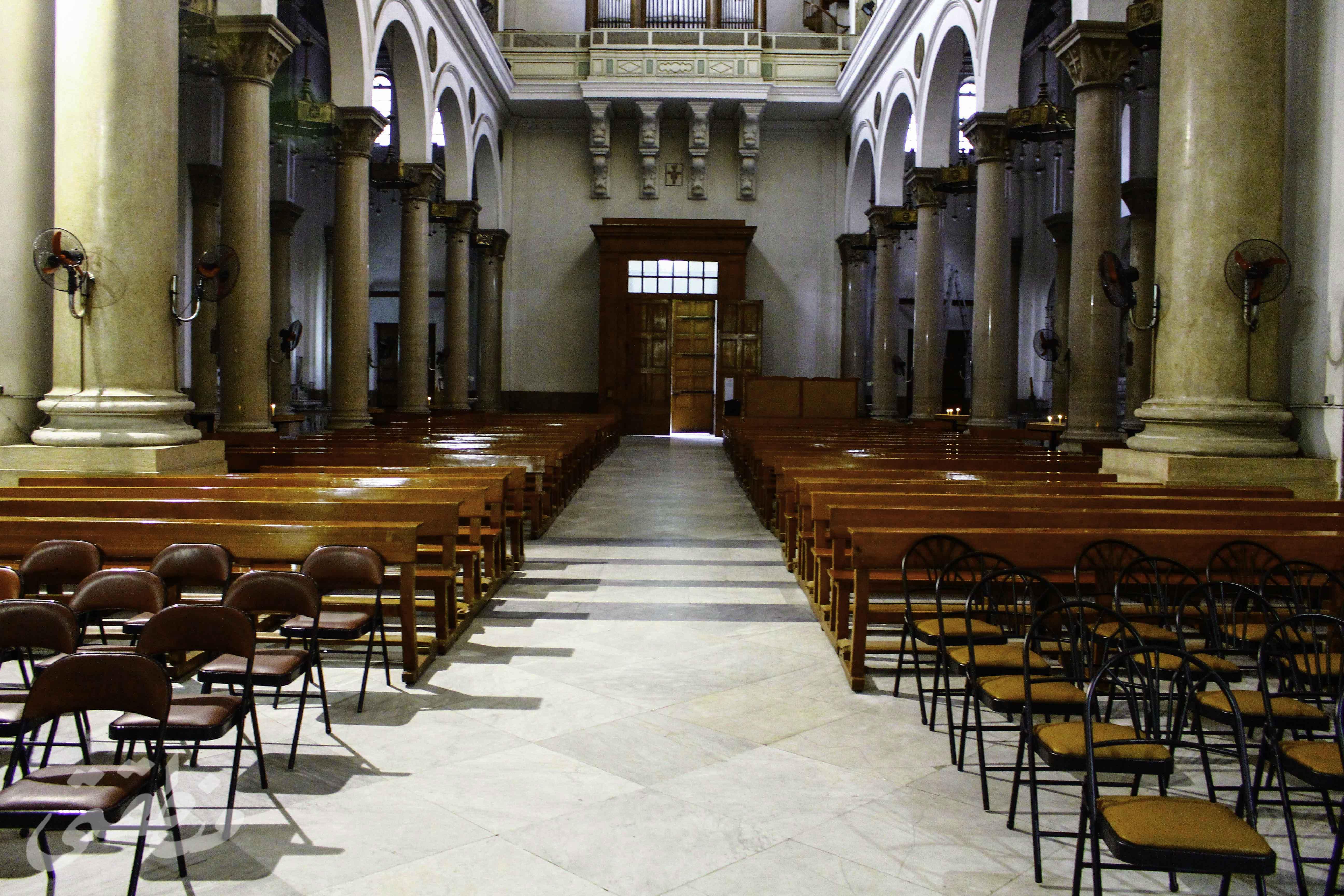 كنيسة سان جوزيف من الداخل - تصوير- صديق البخشونجي