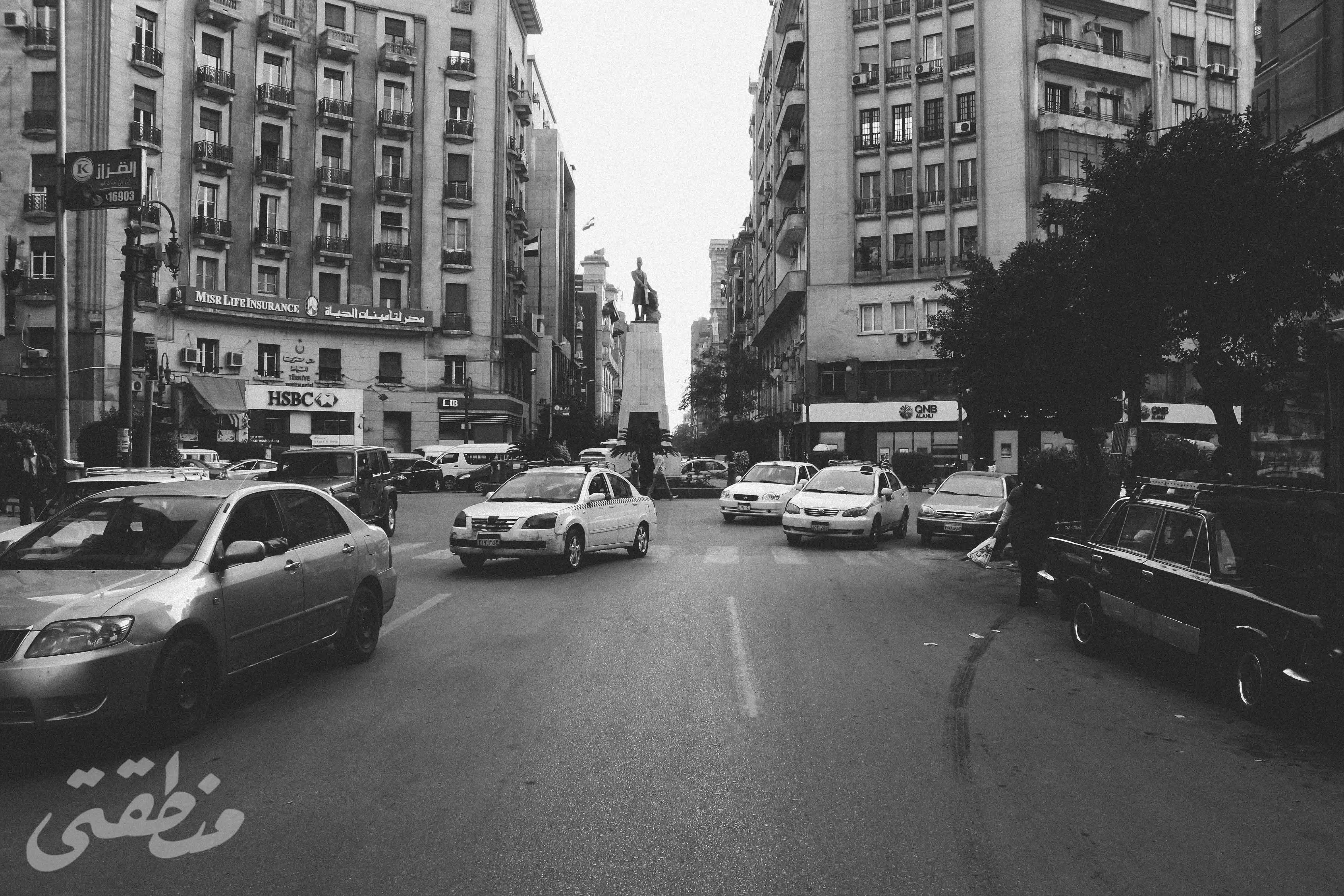 شارع محمد فريد، وفي الخلفية ميدان مصطفى كامل - تصوير: صديق البخشونجي