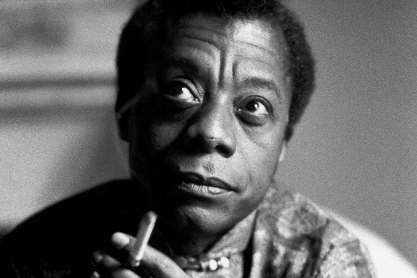 African American (Racial), BALDWIN James, Cigarette, Faces, France, Fumeur, Intérieur, Interior, Noir Afro-Américain, Portrait, processed, Smoker