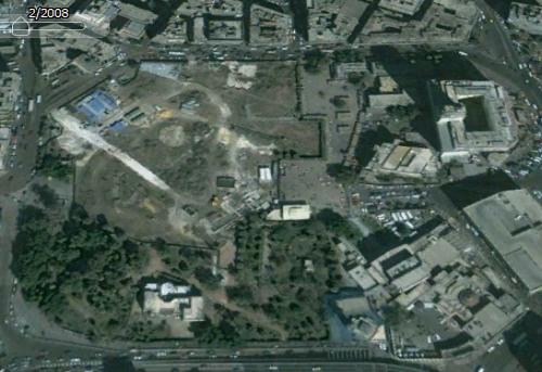 صورة من القمر الصناعي لحديقة الأزبكية عام 2008