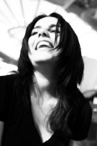 المخرجة الجزائرية ياسمين شويخ