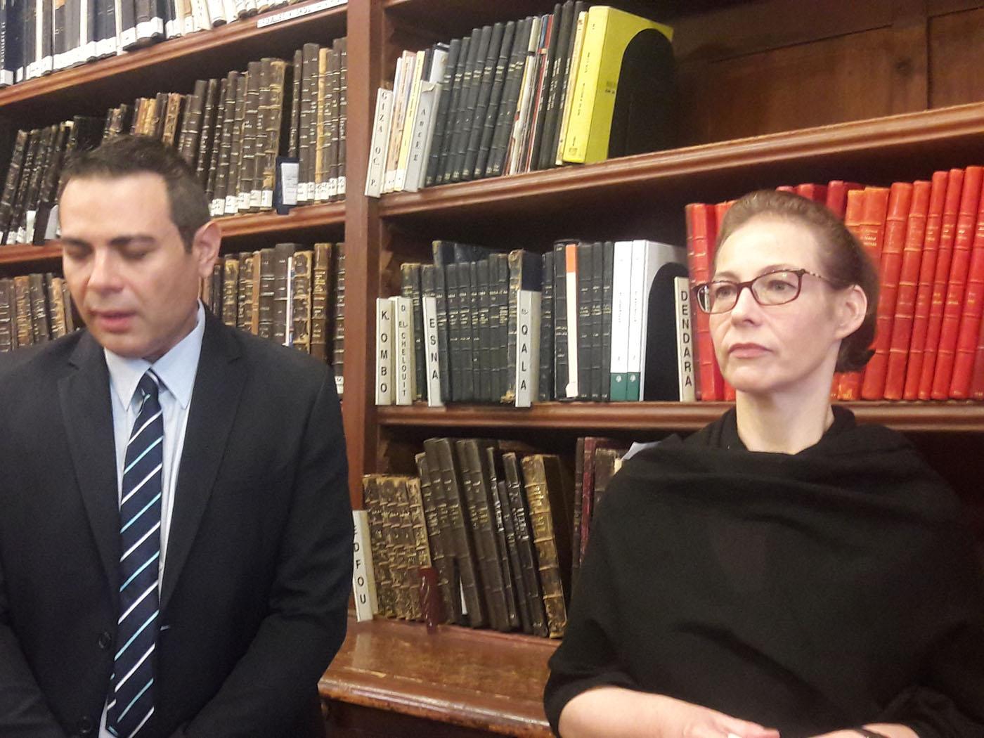 آنييس ماكان مديرة المكتبة بالمعهد الفرنسي للآثار الشرقية