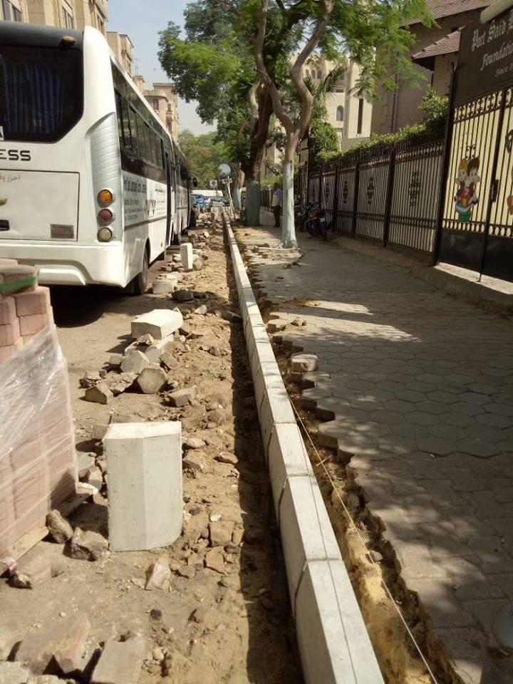 بدء رصف وتطوير شارع محمد الثاقب بالزمالك