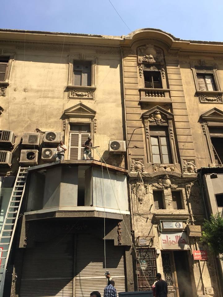 44 شارع قصر النيل بعد إزالة اللافتات من واجهته