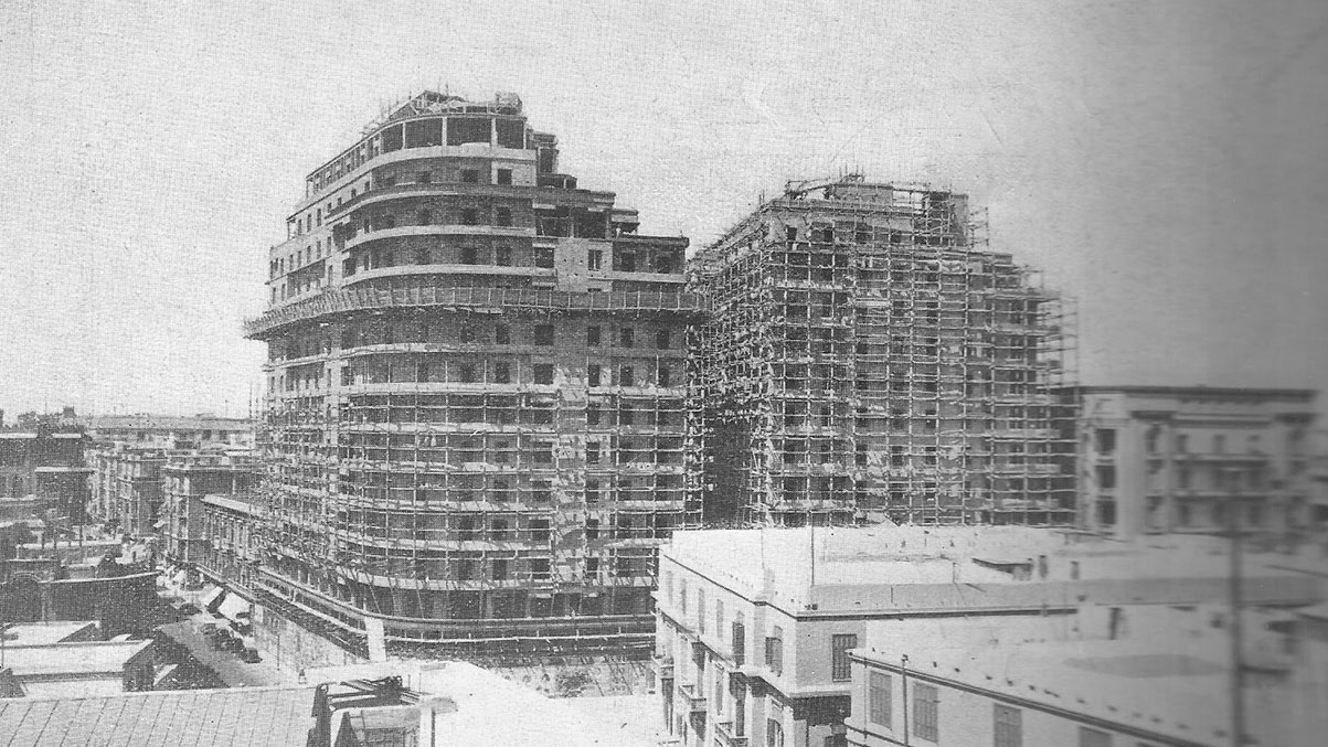 الإيموبيليا قبل 80 عامًا اثناء عمليات البناء - المصدر مجلة العمارة عدد 7 و8 المجلد الثاني - 1940
