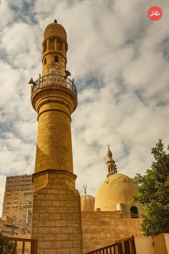 مسجد سيدي عبد العزيز الدريني الدريني داخل حرم كلية طب أسنان القصر العيني - تصوير - ميشيل حنا