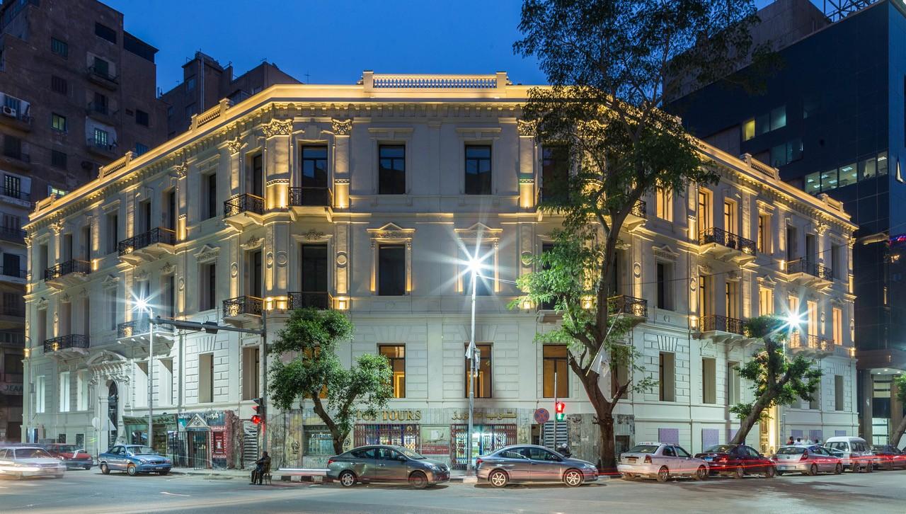 مبى فندق فينواز، المملوك لشركة الإسماعيلية